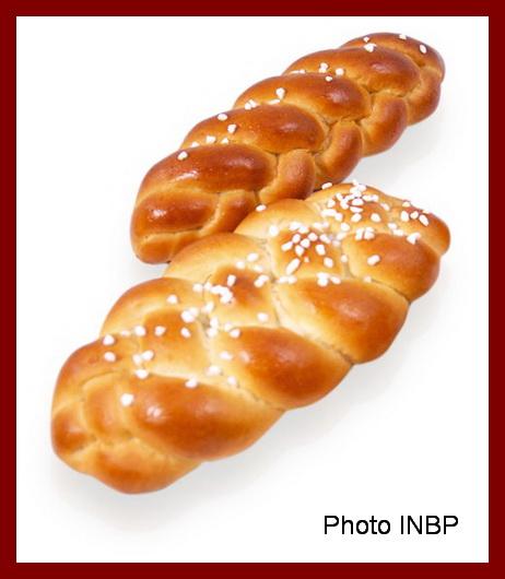 Une image contenant alimentation, beignet, ciel, donut Description générée automatiquement