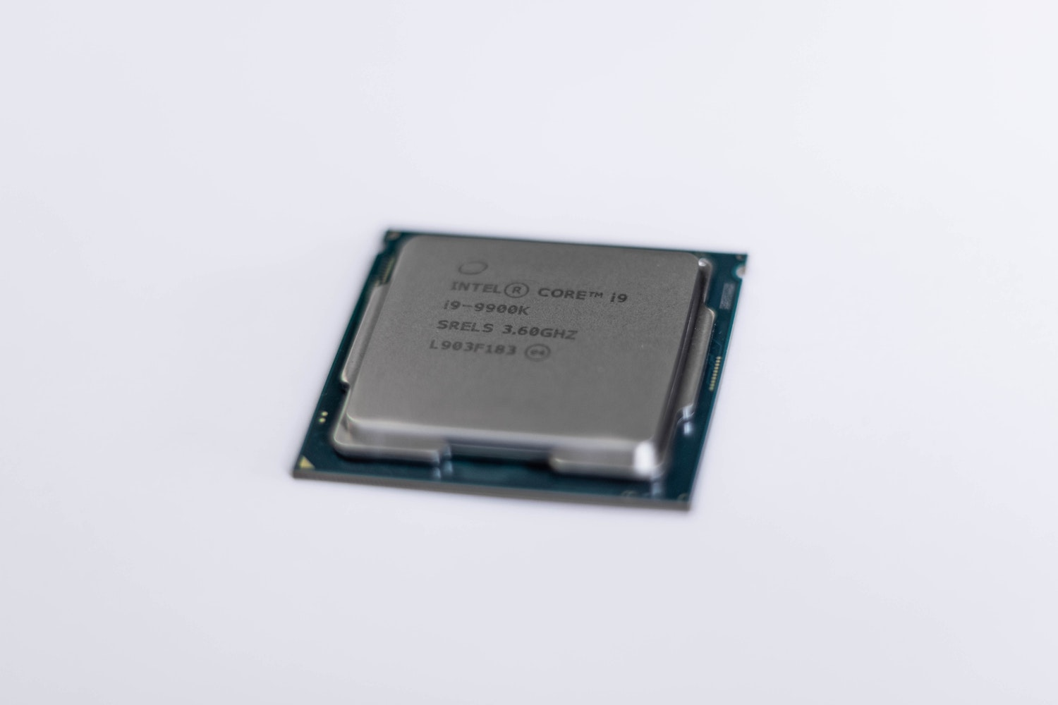 Une carte graphique Intel Core i9 9900k