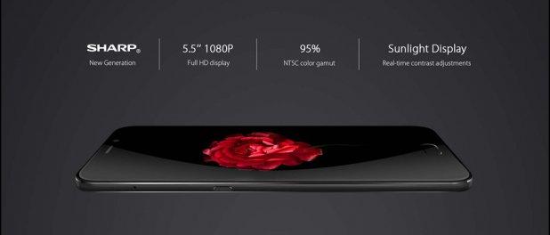 5.5 Inch FULL HD Display
