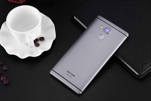 Design of Vernee Apollo 4G Phablet