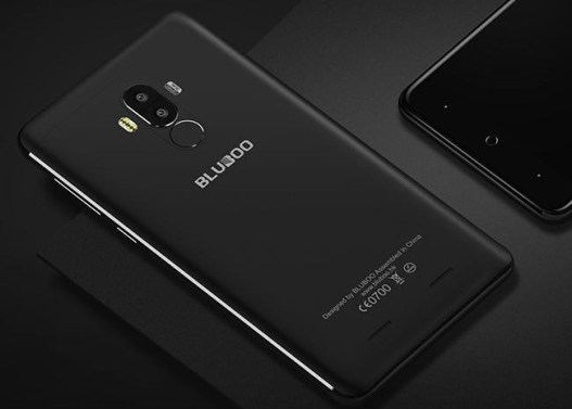 Bluboo D1 with the Dual Front+Dual Rear camera