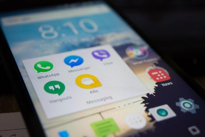 social media chat apps
