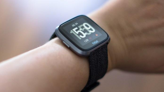 fitbit-versa smartwatch