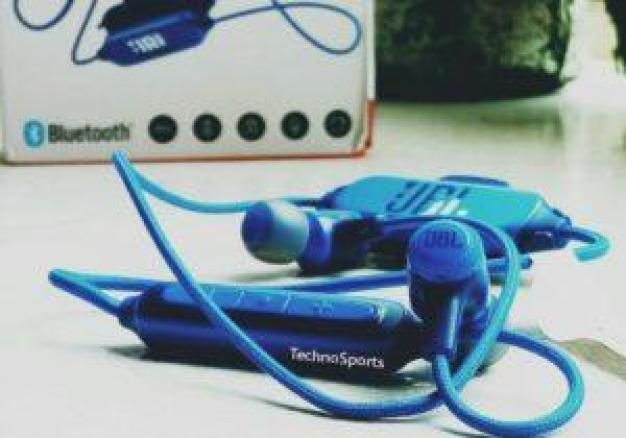 JBL E25BT Wireless In-Ear Headphone : Full Review With Specs, Price And Availability