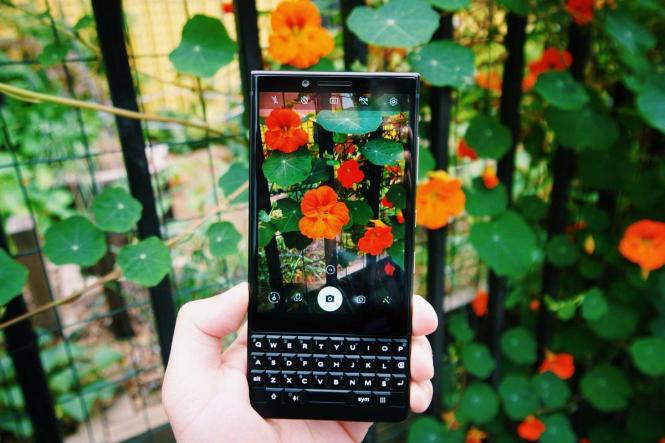 BlackBerry KEY2 LE with QWERTY Keypad lands to India