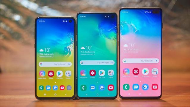 Samsung Galaxy S10, Galaxy S10 Plus, Galaxy S10e – The Galaxy series with punch hole display.