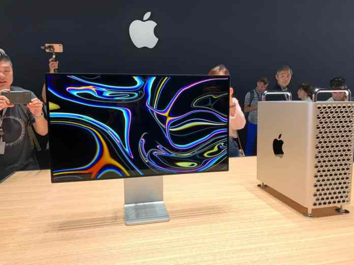 Apple-Pro-Display-XDR-1_TechnoSports.co.in