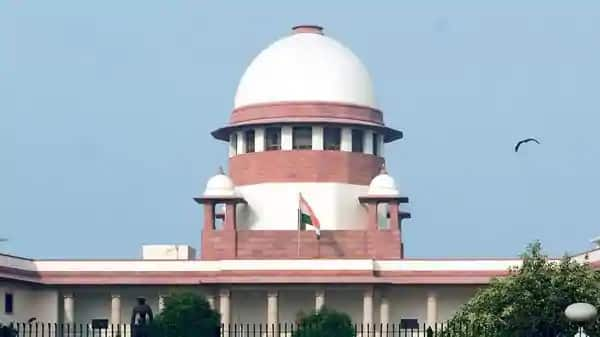 Supreme Court of India issues notices challenging Facebook & WhatsApp's new Privacy Policy__TechnoSports.co.in