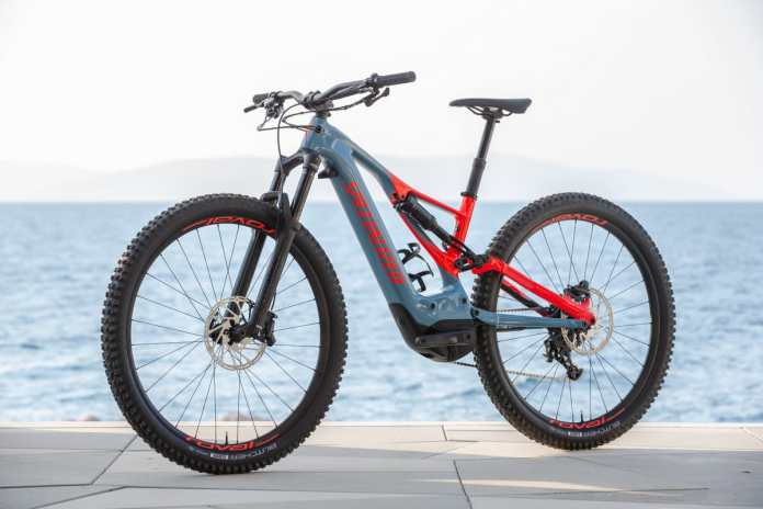 Tesla co-founder teams up with Specialized to find a solution to the problem of dead E-Bike batteries