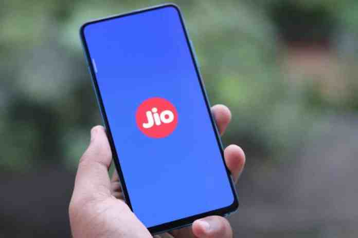 Jio adds most Number of Active Mobile Users in March 2021
