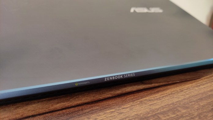 ASUS Zenbook 13 OLED Review - 3_TechnoSports.co.in