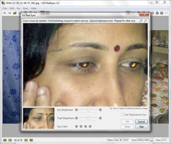 Remove red-eye from photos using free desktop application