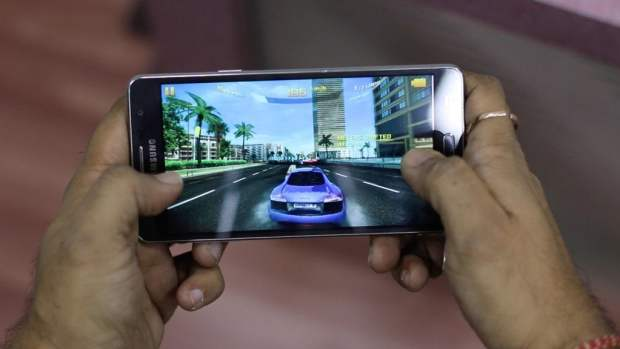 Samsung Galaxy ON7 Gaming Review