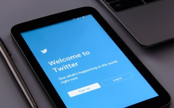 """Twitter Will Add A """"Conversation Participation"""" Feature To Limit Replies To Your Tweets"""