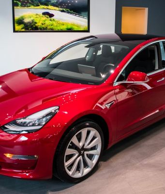Elon Musk Shares More Specs and Details of Performance Model 3