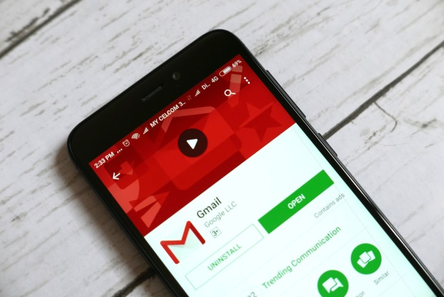 You Can Now Choose What Swipe Gesture Should Do in Gmail's Mobile App