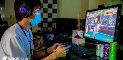 Razer vs. SHARP!真正的遊戲口罩是那款?口罩使用感大對決!