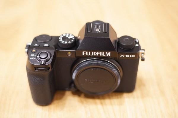 【カメラ追加】FUJIFILM X-S10を購入しました