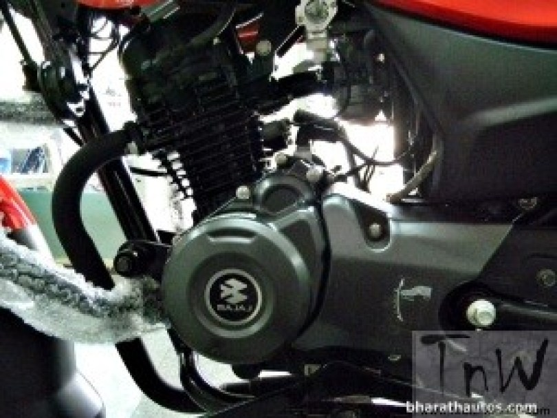 2015 BAJAJ PLATINA 100 ES Engine