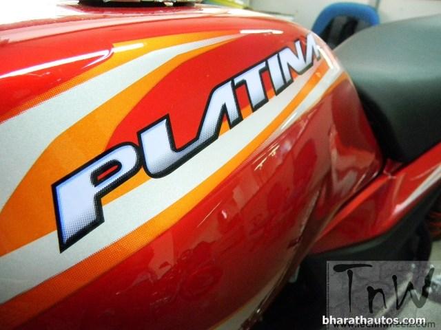 2015 BAJAJ PLATINA 100 ES fuel tank