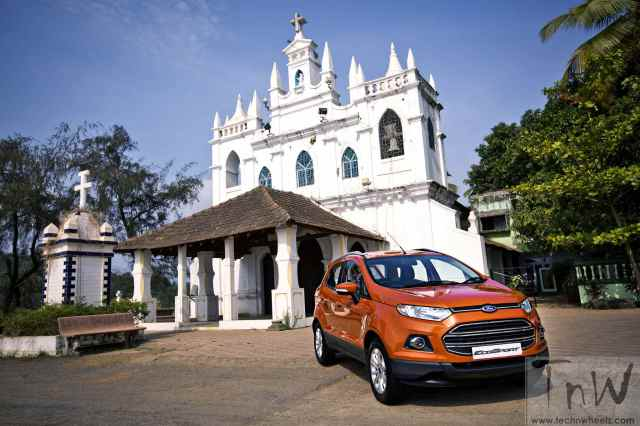 Ford EcoSport 2 lakh Milestone