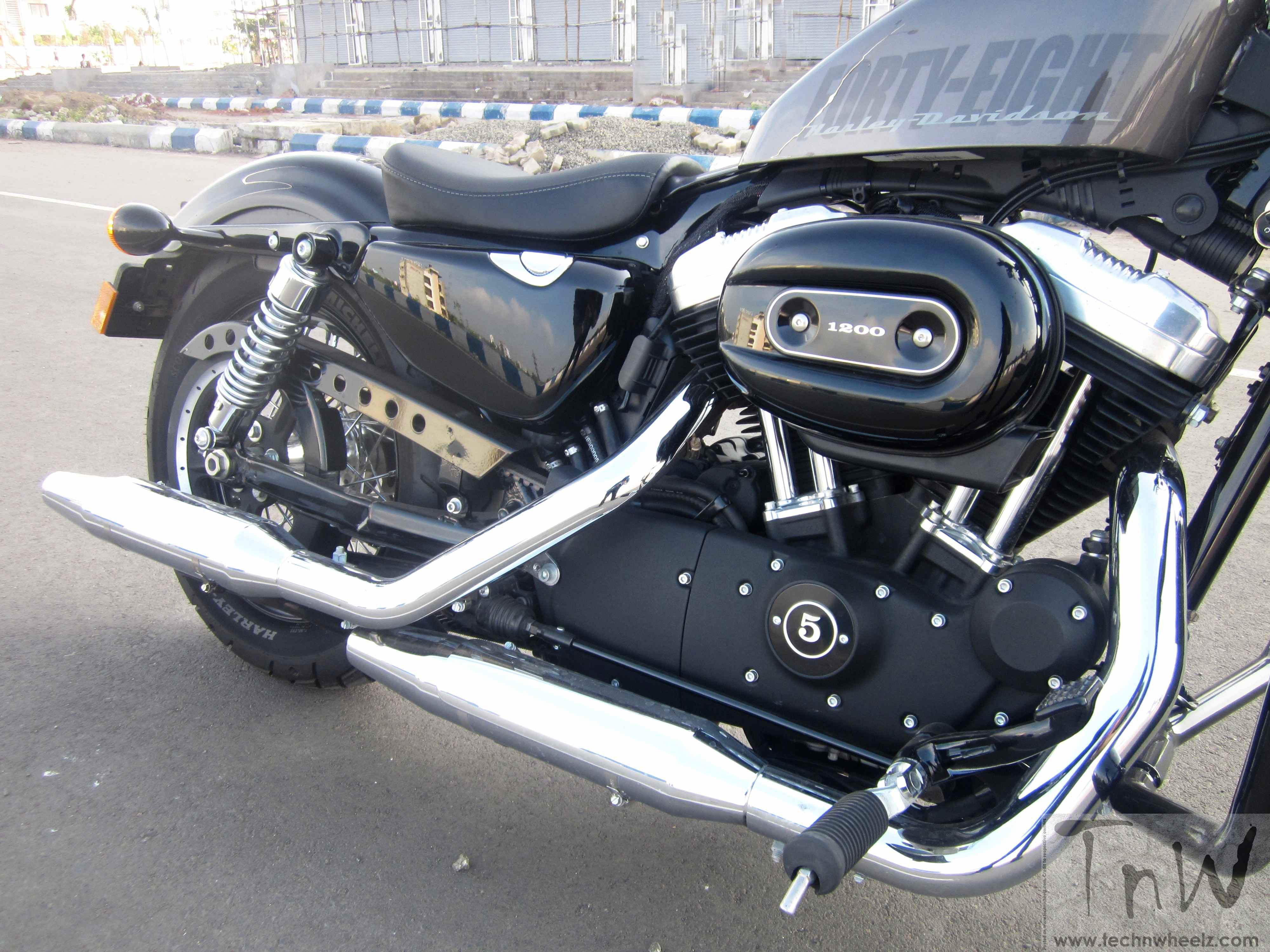 harley davidson forty eight the raw ride southern torque masters. Black Bedroom Furniture Sets. Home Design Ideas