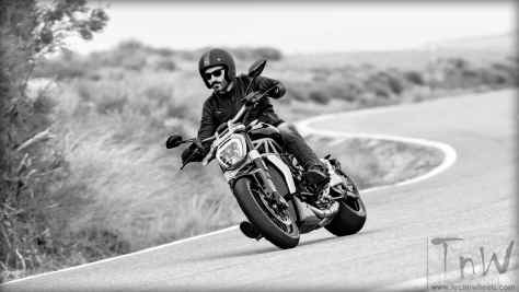 2016 Ducati XDiavel S (13)