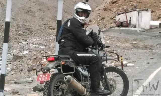 Royal Enfield Himalayan official  (5)