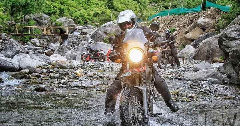 Royal Enfield Himalayan walkaround and exhaust note