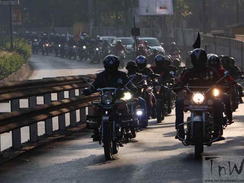 Pune RTO 'Street Sense' conducts safety awareness ride