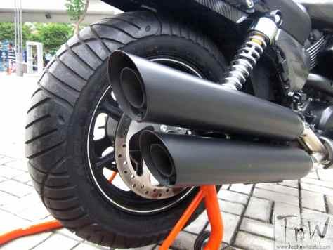 SR750 CAFÉ: Harley-Davidson Street 750 performance exhaust