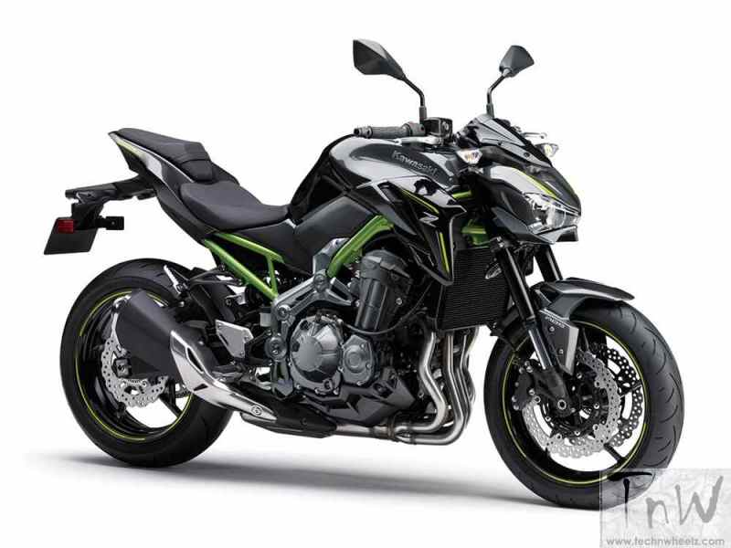 Kawasaki reveals Z900 and Z650 via images. Debut at EICMA Milan