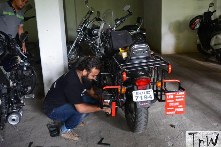 One Day DIY Avenger Maintenance Workshop organised by AMC, Pune