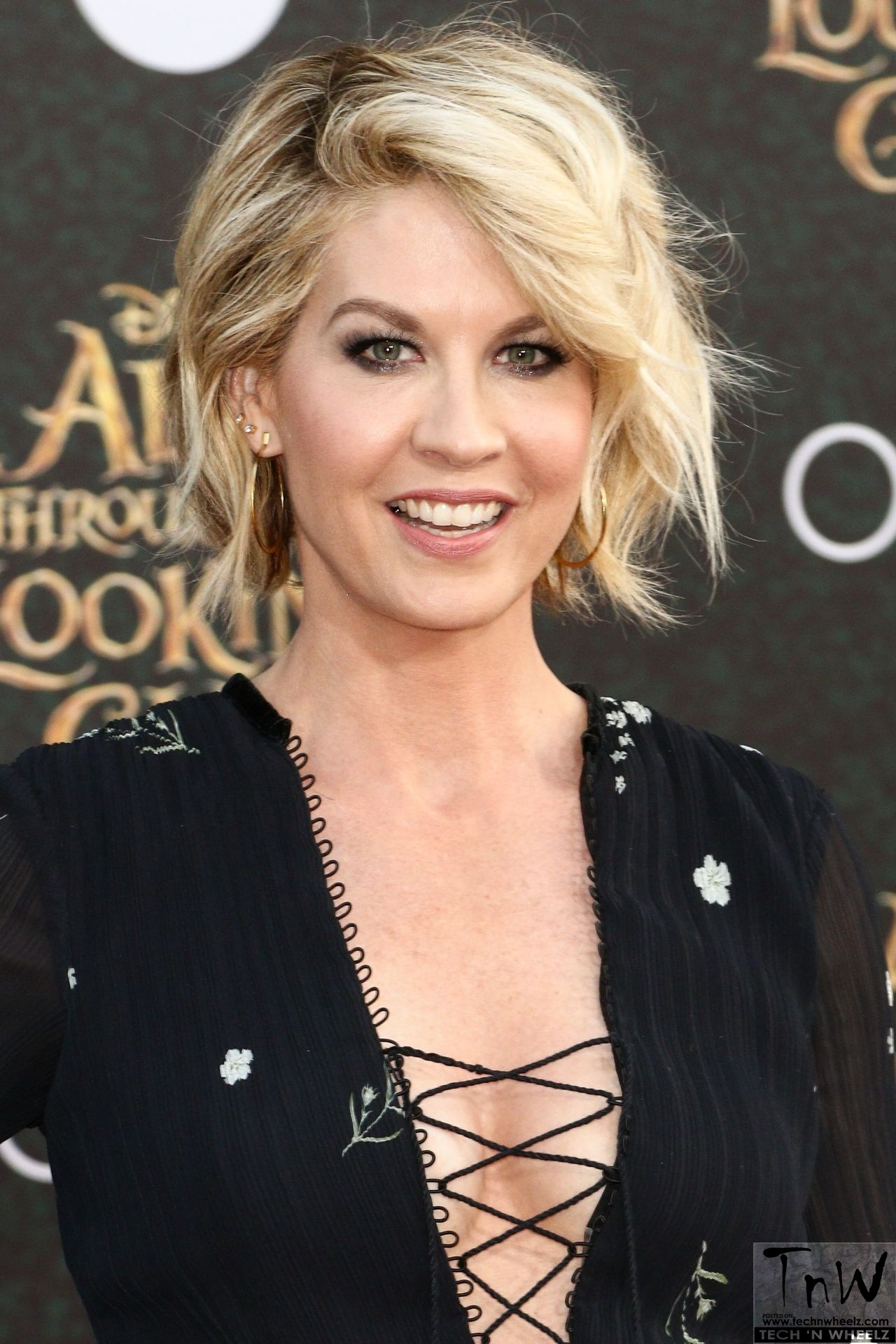 Discussion on this topic: Claire Ruiz, jenna-elfman/