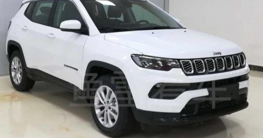 Jeep Compass facelift spotted. India launch early 2021