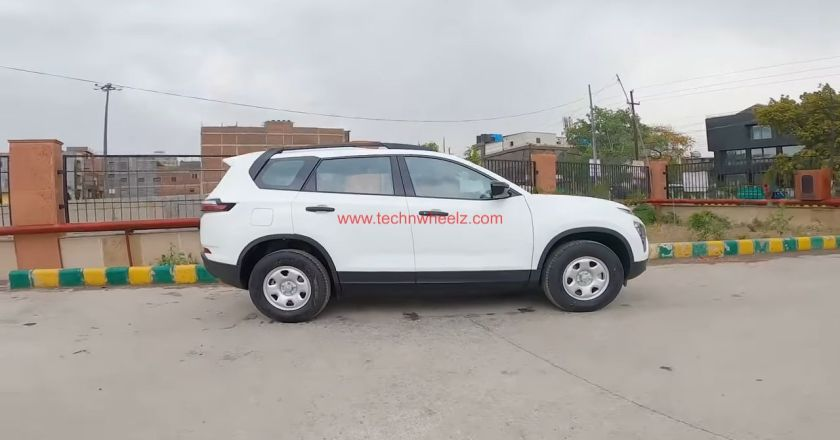 2021 Tata Safari XE Orcus White