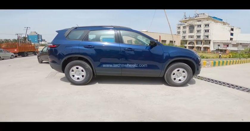 2021 Tata Safari XM Royale Blue