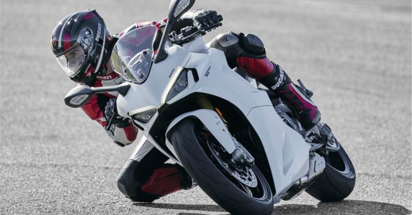 2021 Ducati SuperSport 950 launched in India. Prices start from INR 13.49 lakh