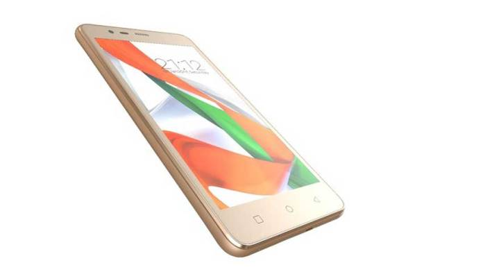 Zen Admire Swadesh comes with 5-inch display and will be available in champaign and blue colors. (Photo/Zena Mobile)