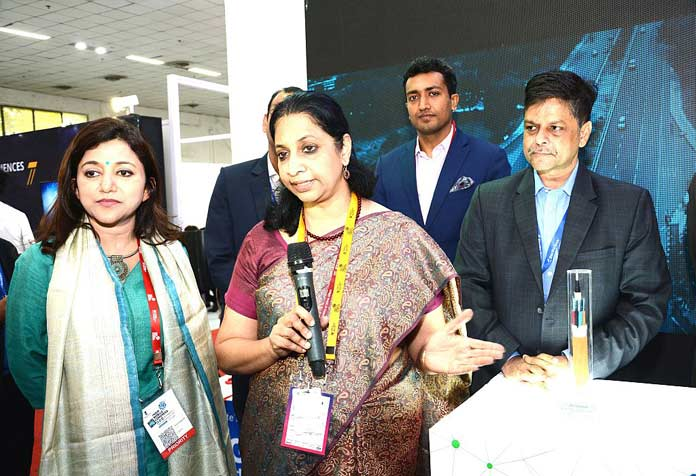 Sterlite Tech, 5G cable, Indian Mobile Congress, IMC 2017, Aruna Sundararajan, Anand Agarwal