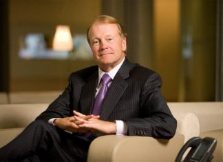 Cisco Executive Chairman John Chambers, Cisco, John Chambers, Chuck Robbins, Cisco News
