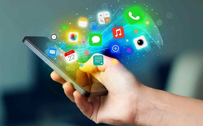 Top 5 Apps for women Top 5 Apps for women, Smartphone Smartphone, Zivame, Period Tracker, DailyNinja, My Safetipin My Safetipin, Nykaa Nykaa