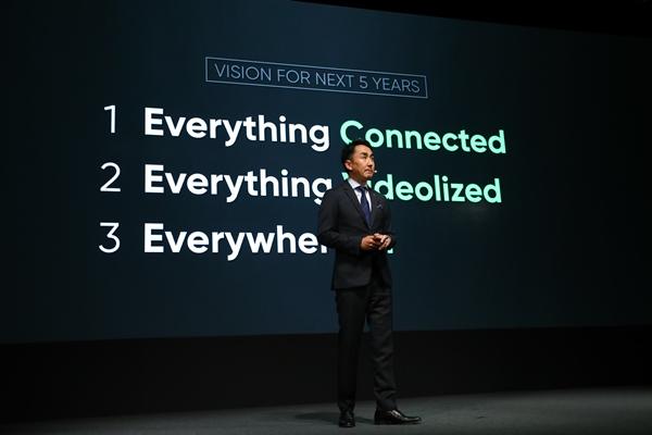 LINE宣布未來五年的發展,將以溝通為首要任務,並以「串連所有事物」、「全面影像化」與「佈局人工智慧」為三大核心概念為主軸
