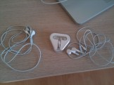 iphone_earbuds_washing_machine