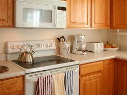 appliances-microwave-cooker-toaster-kitchen-oven