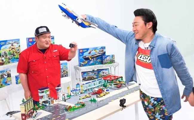 レゴジャパン、『みやぞんとあらぽんがつくる!つながる、ひろがる、レゴ®シティ!~どんな飛行機をつくる?~』篇