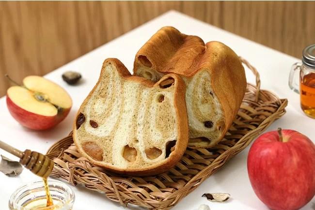 ねこねこ食パン〜めいぷるとあっぷる〜