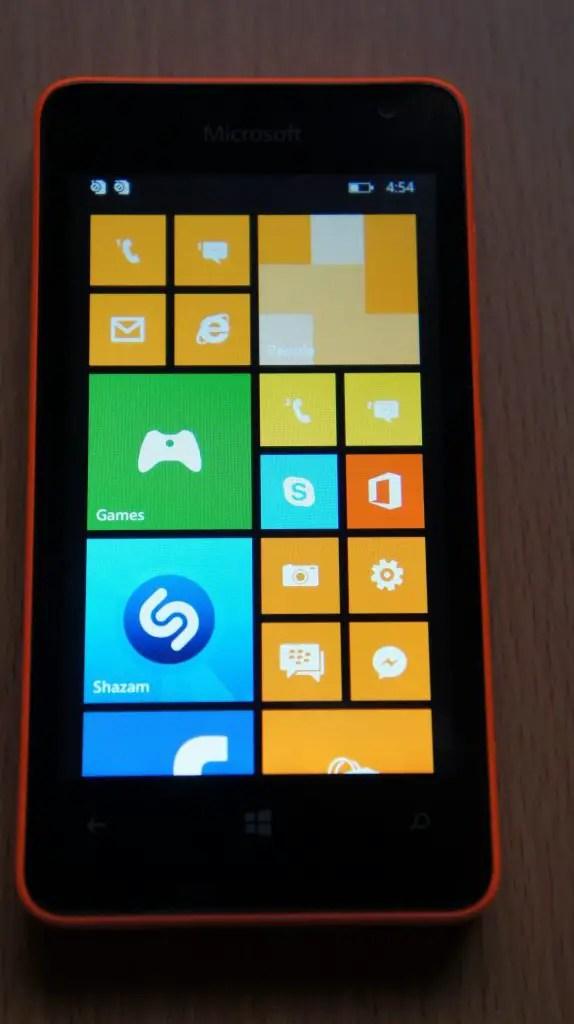 DSC01707 e1436102178574 574x1024 - The Microsoft Lumia 430 Review
