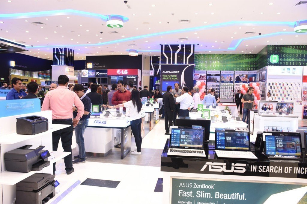 Newly refurbished Jackys Electronics outlet at The Dubai Mall 1024x683 - Jacky's Electronics opens its newly refurbished outlet in The Dubai Mall offering Seamless Experience