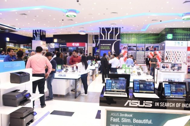 Newly refurbished Jacky's Electronics outlet at The Dubai Mall